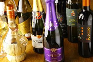 アルコールも充実!飲み放題もあり。特にワインセラーもあり、お肉料理にもぴったり!ワインソムリエもいるよ!