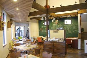 2階はレンタルスペースとしても利用可能。教室、オフ会、貸切など何にでもどうぞ!
