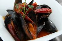 ムール貝のピリ辛トマトソース