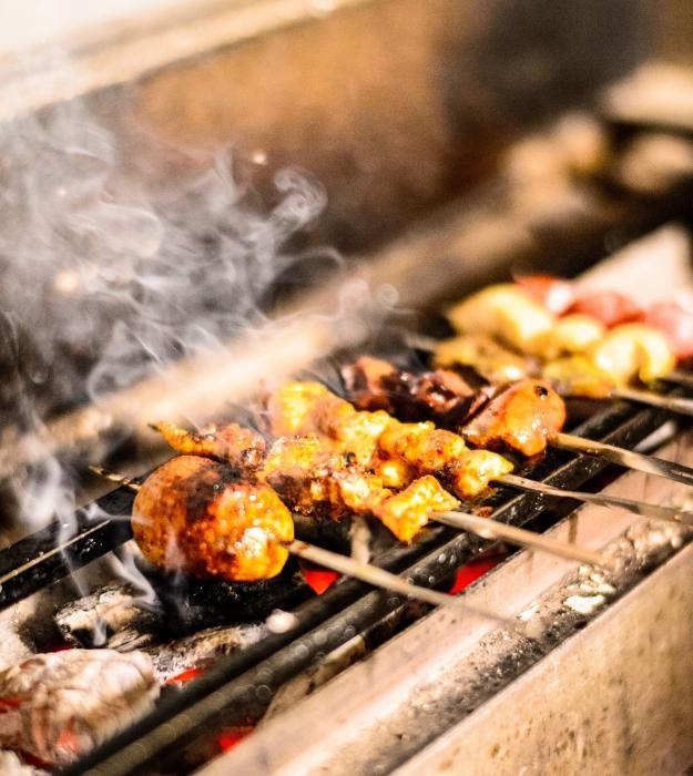 備長炭で焼き上げると炭火の香りでいちだんと食欲をそそります
