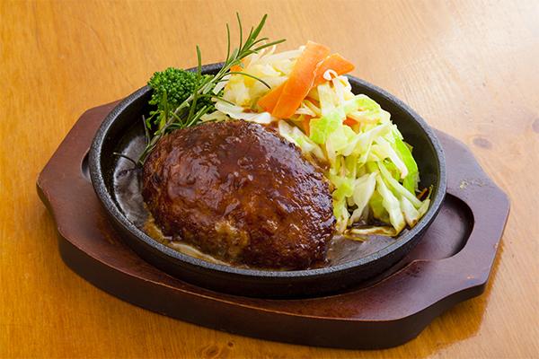 もち豚のデミグラスハンバーグステーキ