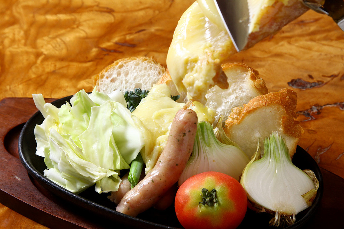 温野菜ととろけるラクレットチーズ