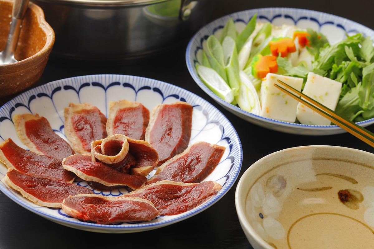 琵琶湖長浜より直送の天然鴨を使った「鴨すき鍋」