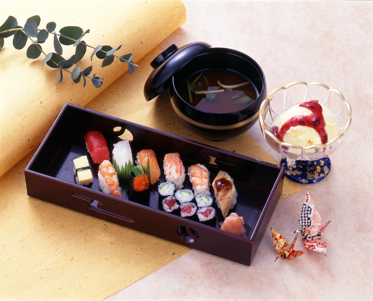 ミニ握り寿司