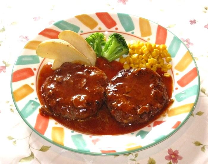 メガハンバーグステーキ(デミグラスソース)