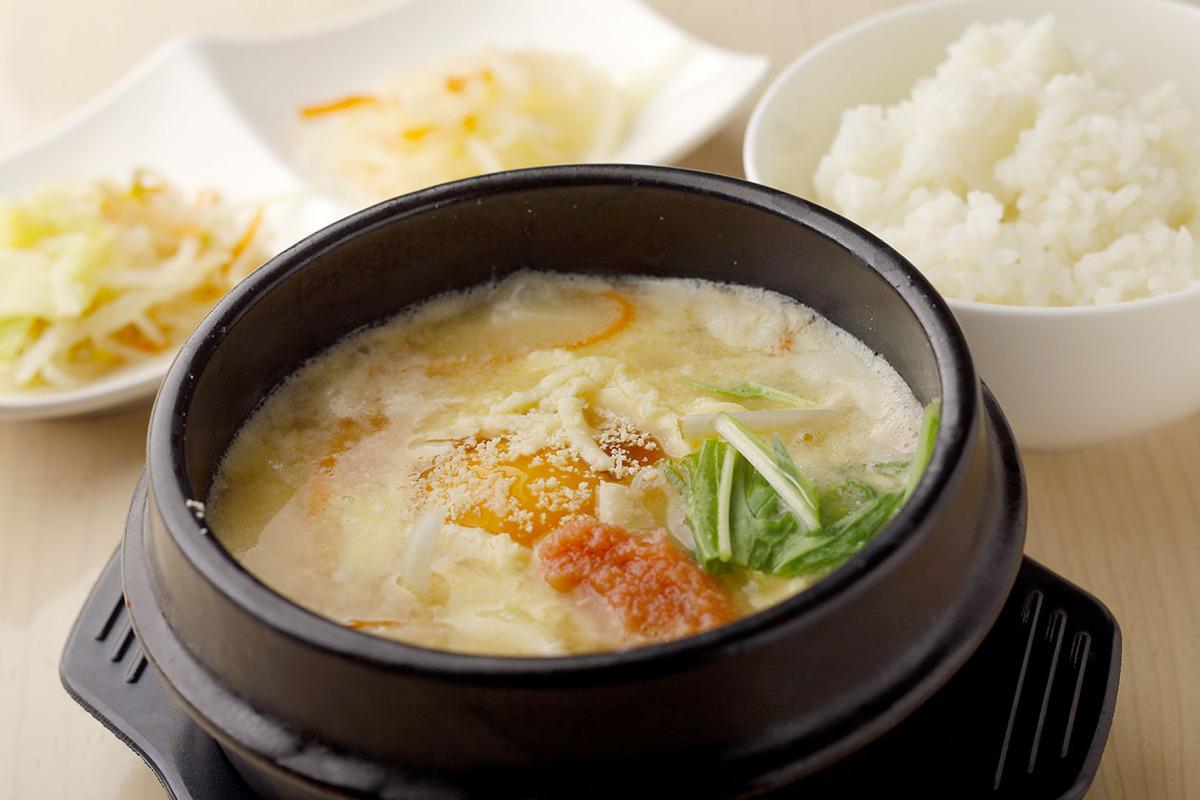 スンドゥブ 明太チーズ(ごはん・ナムル付)