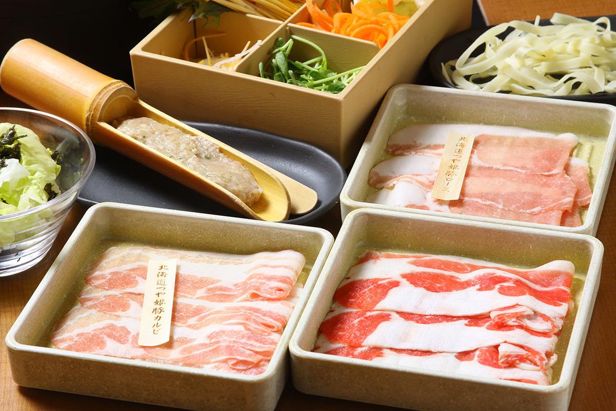 北海道つや姫豚と厳選牛 食べきりセット