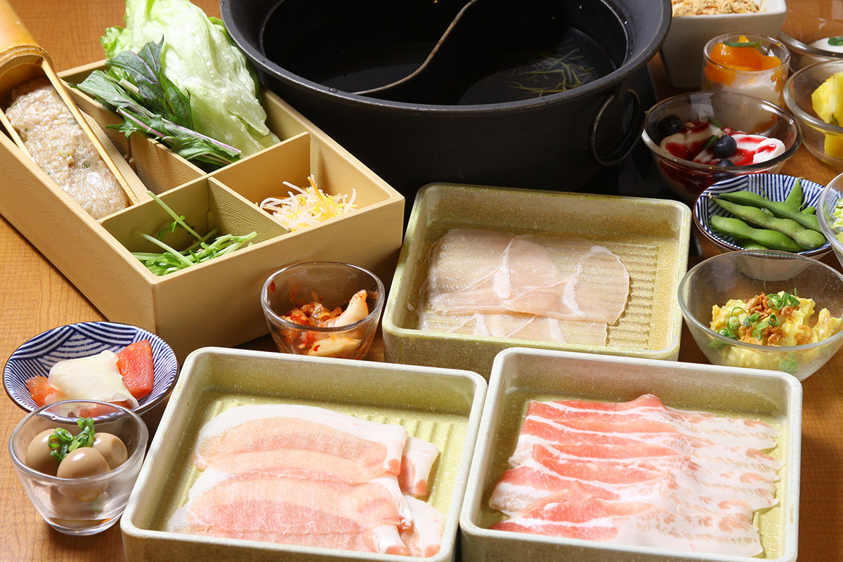 三元豚と桜姫鶏 食べ放題コース