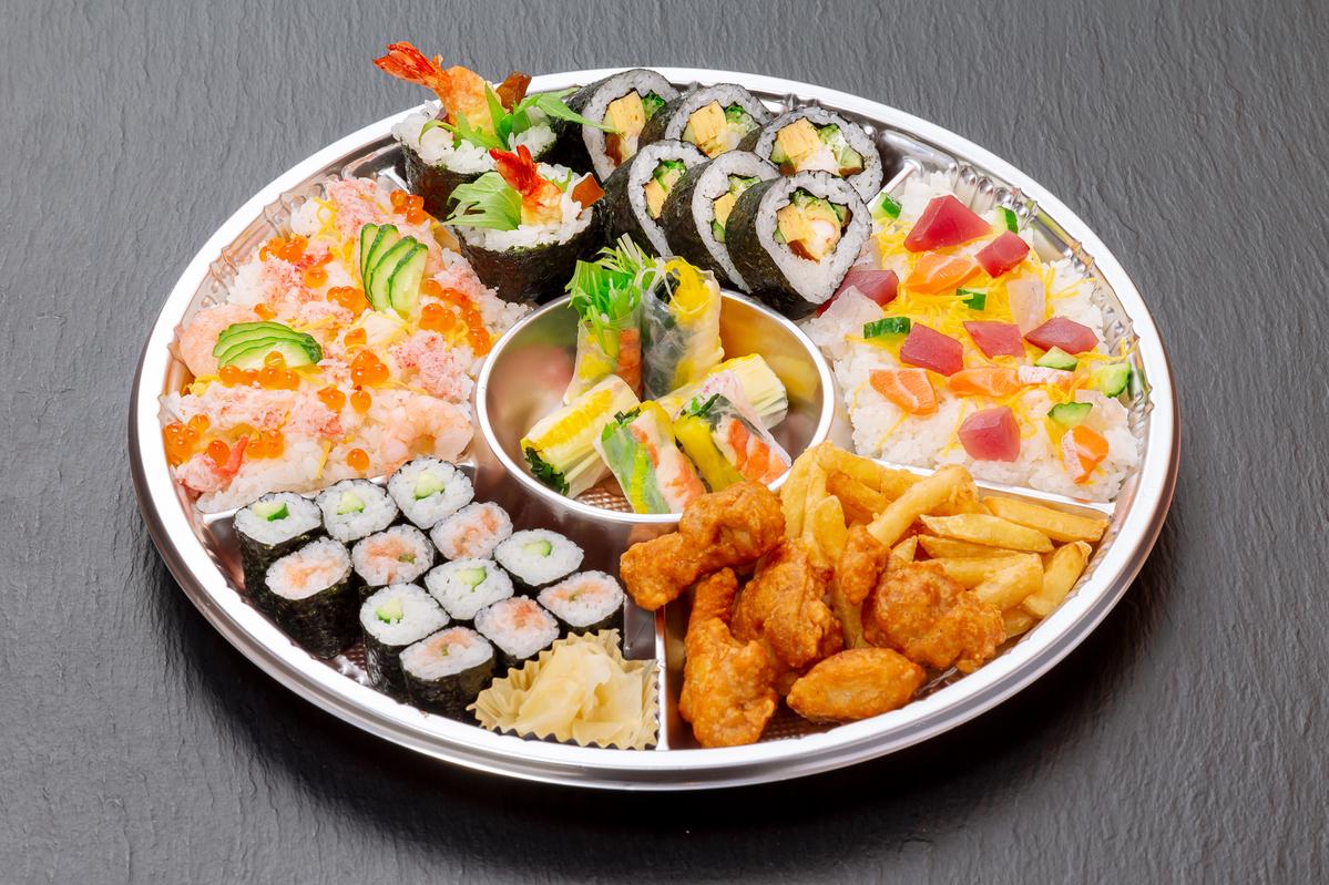 華ちらしと巻き寿司盛合せ
