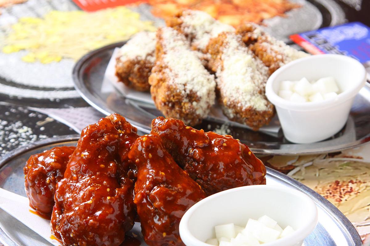 ヤンニョンチキン、アボカド桜ユッケ、赤豚冷麵、海鮮チヂミ、スンドゥブチゲ、ドルアイス
