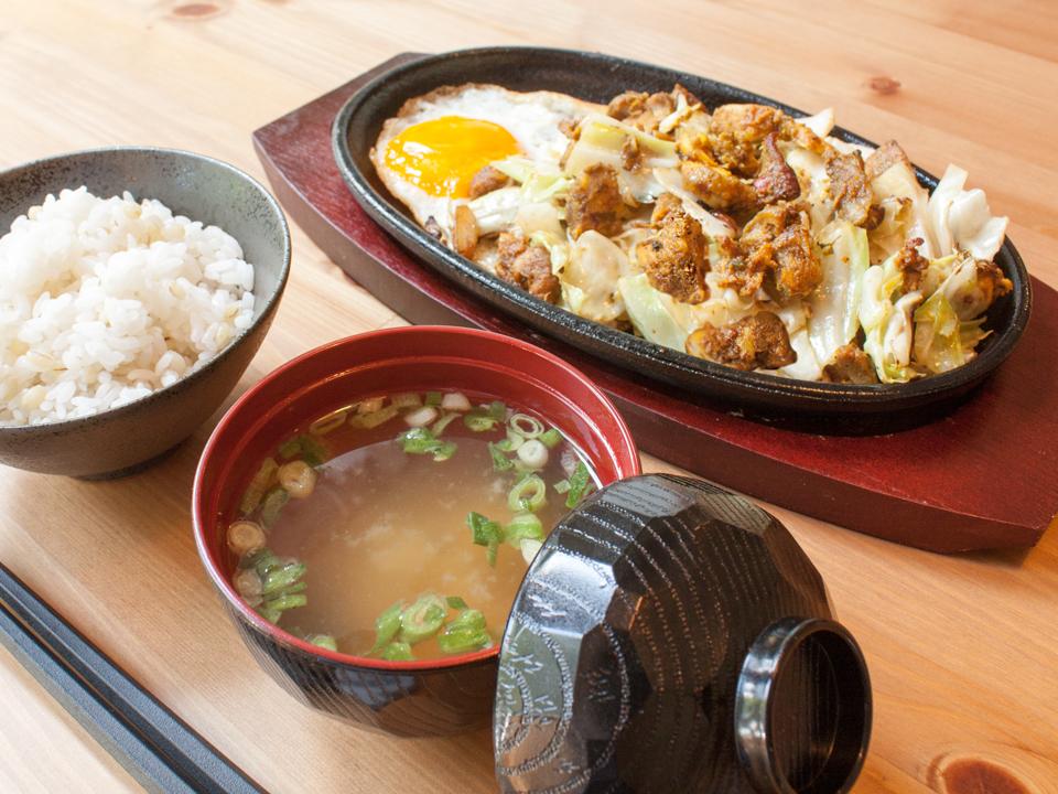 鉄板タンドリーチキン野菜炒め定食