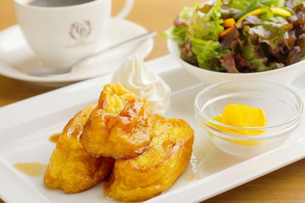 フレンチトーストセット+ドリンク代(440円~)