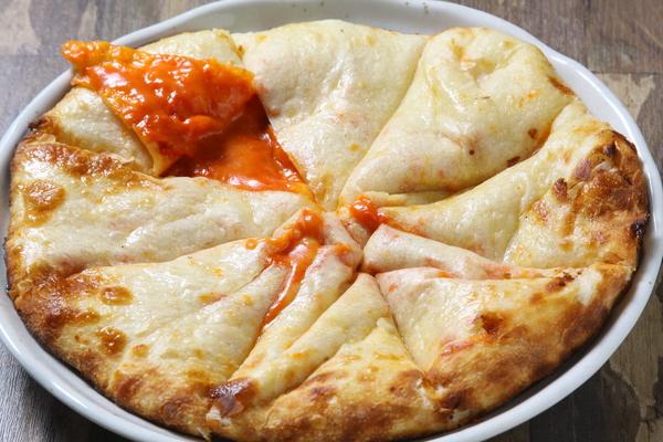 トマトチーズナン