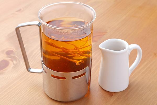 冬虫夏草茶(ハチミツ付き)